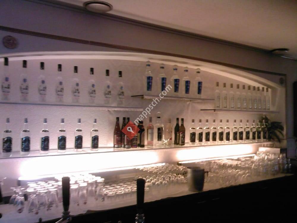 glasnost vodka lounge