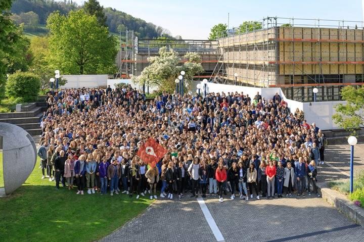 KZU Kantonsschule Zürcher Unterland