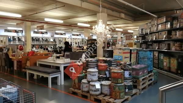 Lipo Einrichtungsmärkte Ag Freienbach